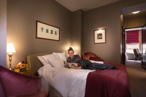 Our Classic King Suite offers a King Size Bed and a Full Size Sleeper Sofa, which is perfect a child or a young adult.