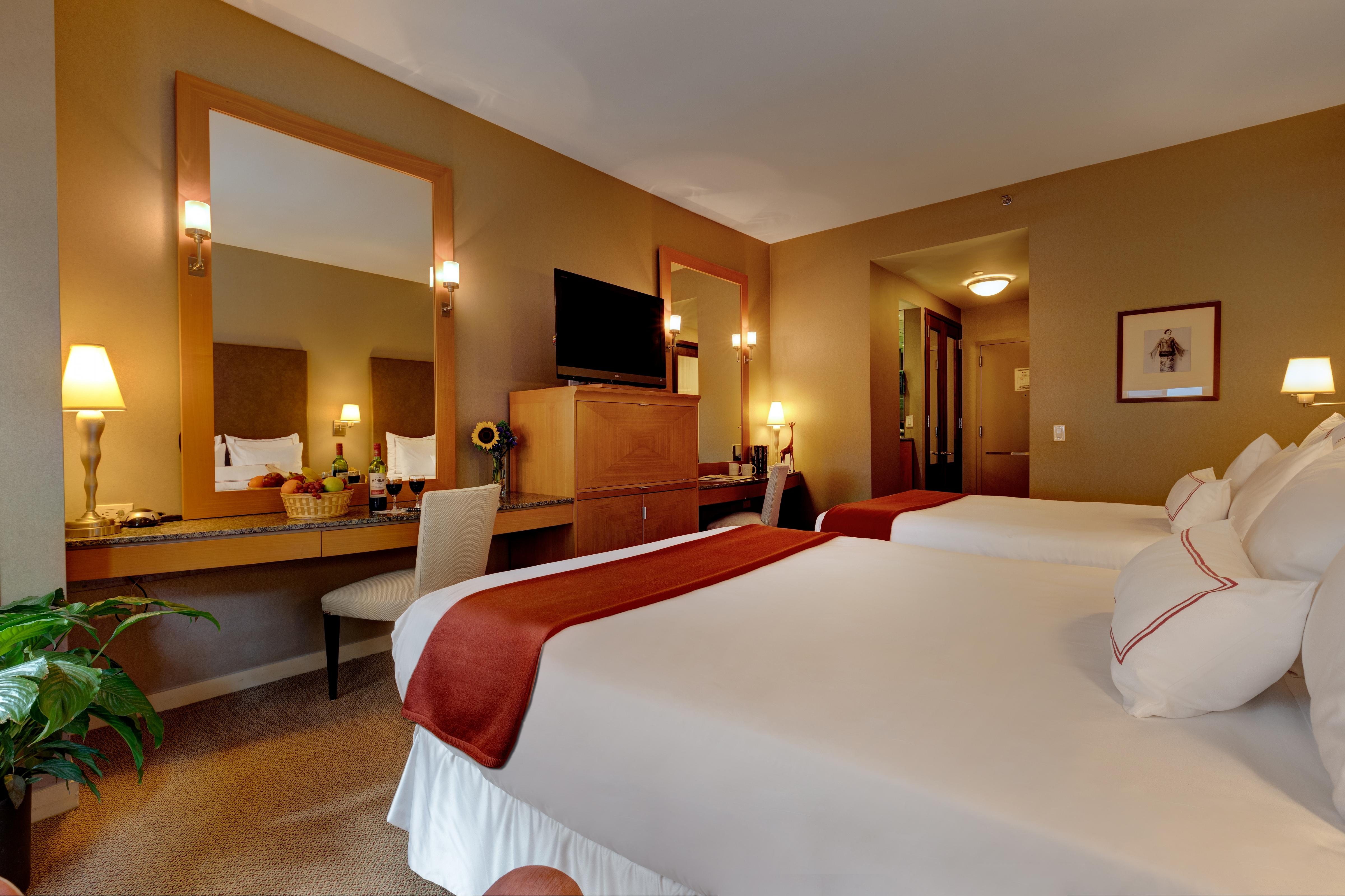 Hotel Giraffe New York City Madison Square Nyc Classic Guestroom